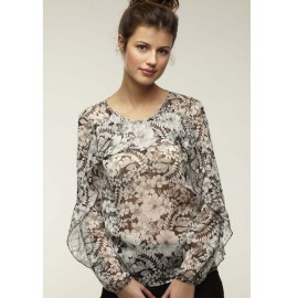 LONG SLEEVED PRINTED BLOUSE